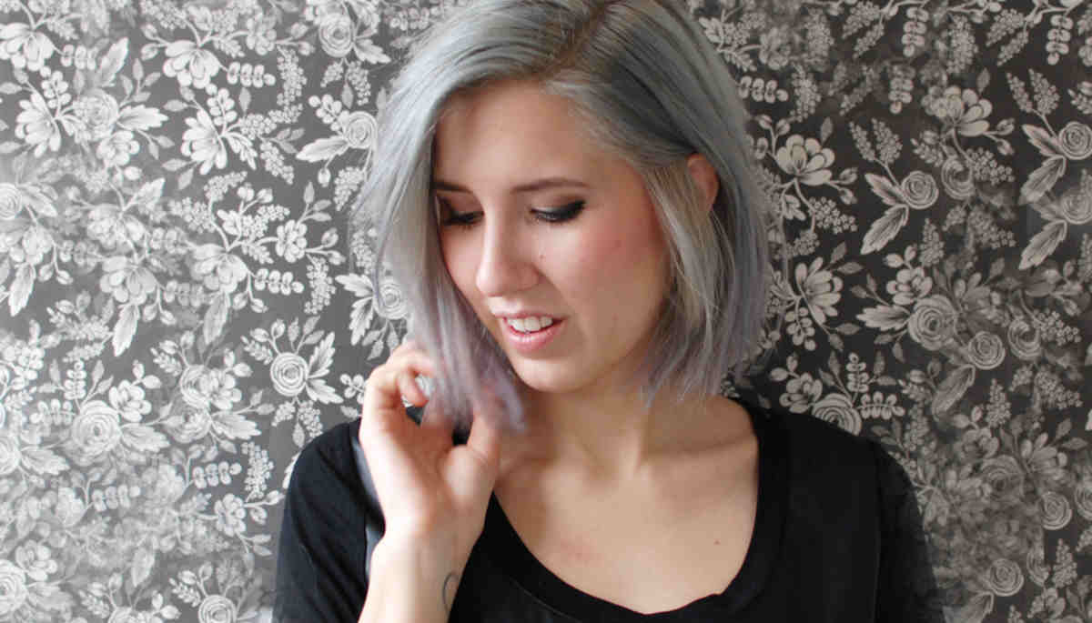 Gray Hair is the newest trend this season!
